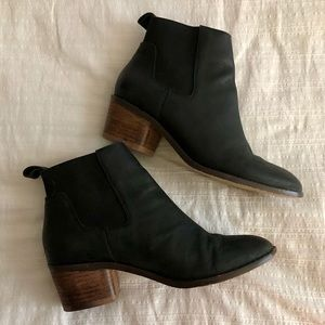 Matt Bernson Black Leather Booties Chelsea Style